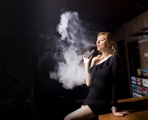 DENTIST IN OTTAWA VAPING INSTEAD OF SMOKING